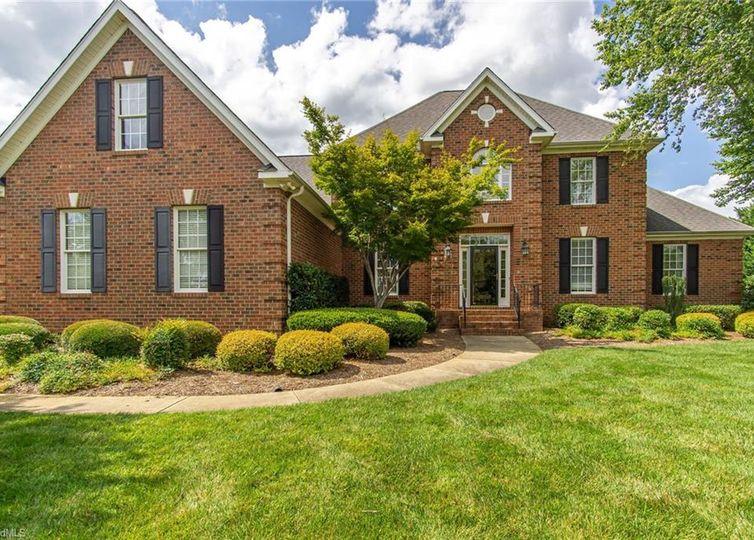 702 Chestnut Hill Court Greensboro, NC 27455