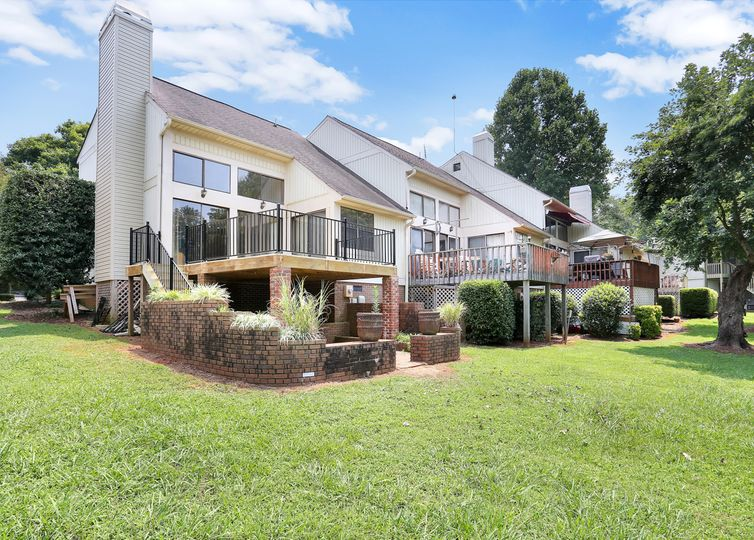 92 Point Place Drive Westminster, SC 29693