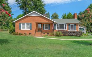 118 Peach Orchard Road Belmont, NC 28012 - Image 1
