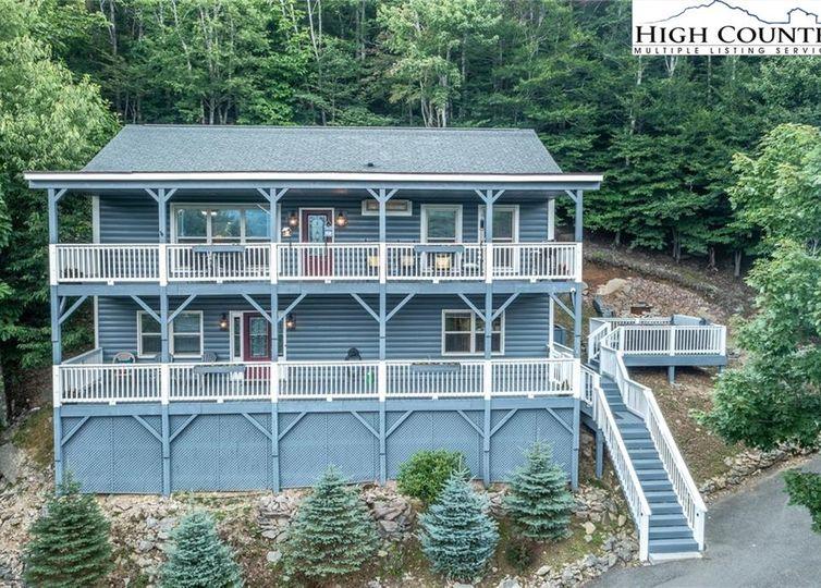 114 W Blueberry Lane Beech Mountain, NC 28604