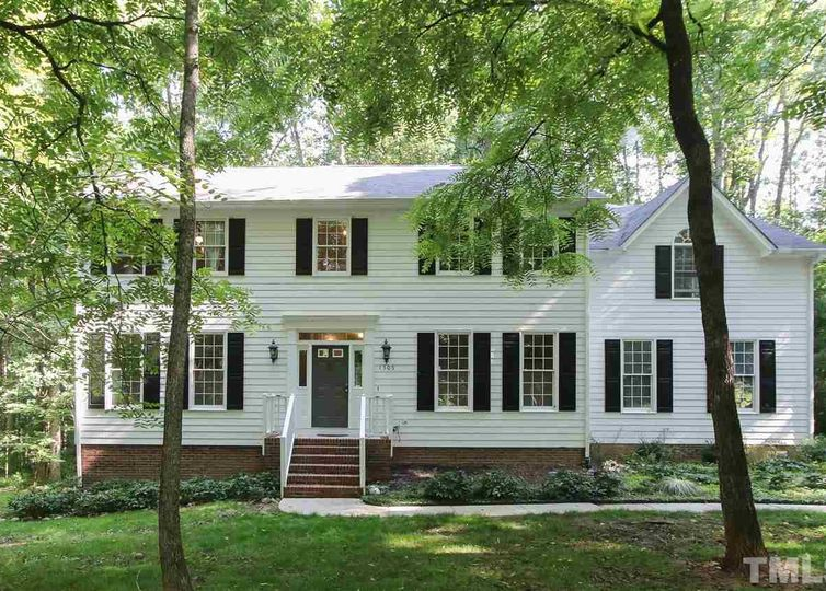 1505 Chicory Lane Chapel Hill, NC 27516