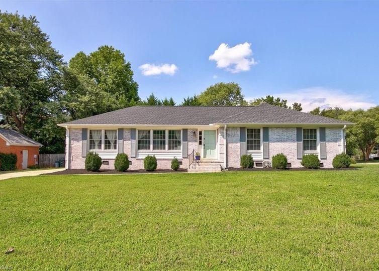5200 Ainsworth Drive Greensboro, NC 27410