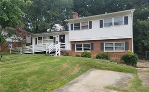 1230 Squirrel Hill Road Charlotte, NC 28213 - Image 1