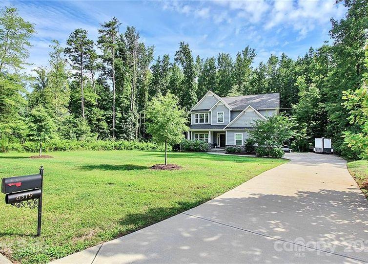 6319 Northern Red Oak Drive Mint Hill, NC 28227