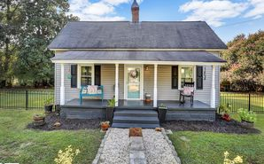 206 Front Street Easley, SC 29640 - Image 1