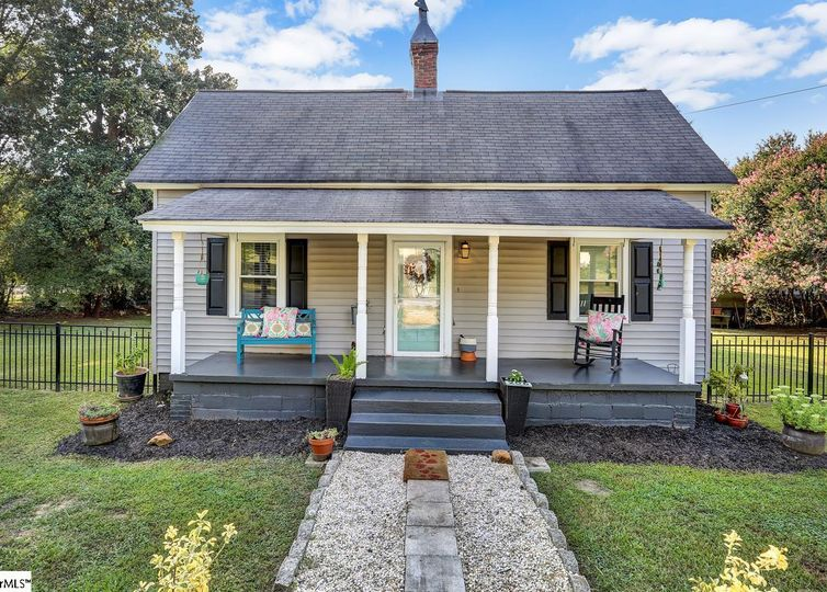206 Front Street Easley, SC 29640