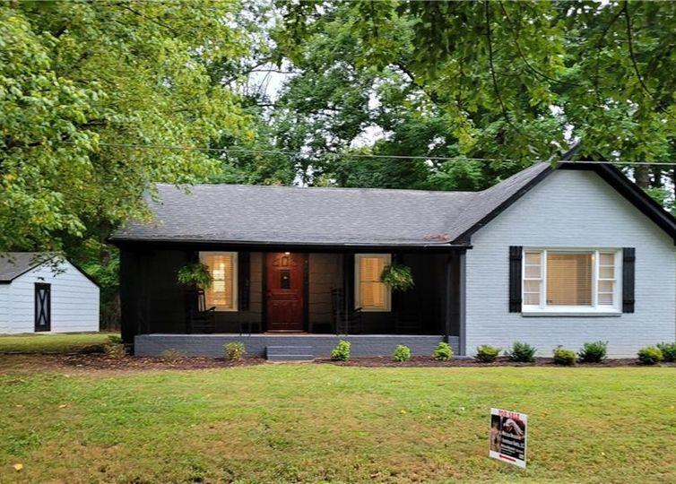 1040 Payne Road Rural Hall, NC 27045