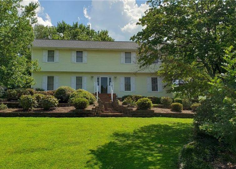 1424 Glen Oaks Road Clemmons, NC 27012