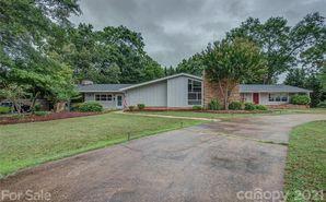 900 W Warren Street Shelby, NC 28150 - Image 1
