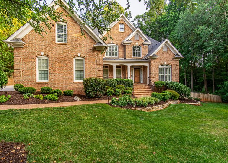 4003 Friendly Acres Drive Greensboro, NC 27410