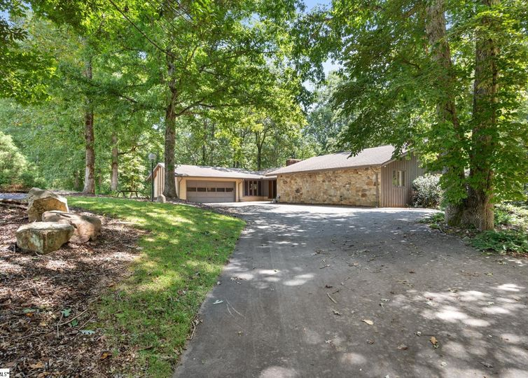 783 Griffin Mill Road Pickens, SC 29671