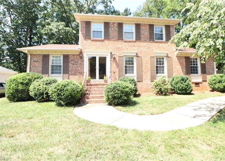 1723 Aftonshire Drive Greensboro, NC 27410