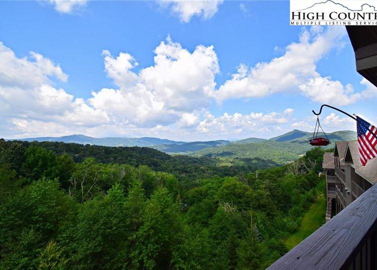 335 Pleasant View 4B Sugar Mountain, NC 28604