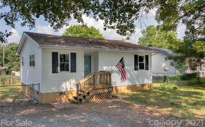 638 Noles Drive Mount Holly, NC 28120 - Image 1