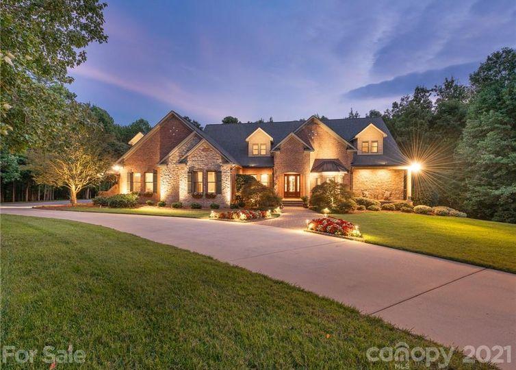 1016 Estate Lane Weddington, NC 28104