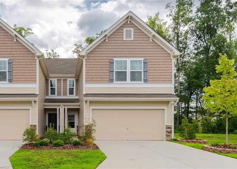 2248 Owls Nest Trail Mcleansville, NC 27301