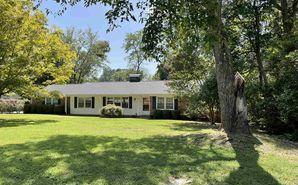 240 Winfield Drive Spartanburg, SC 29307 - Image 1