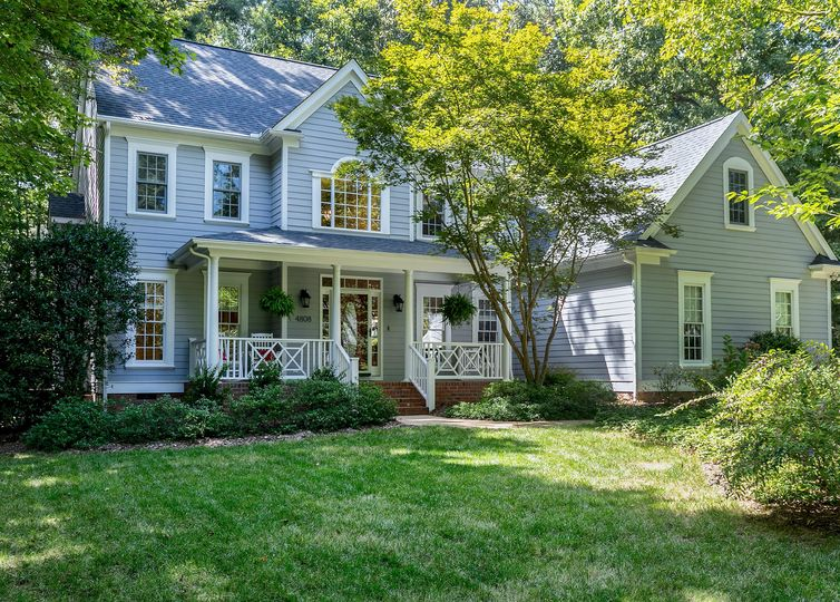 4808 Edgecliff Court Holly Springs, NC 27540