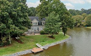 8126 Lake Providence Drive Matthews, NC 28104 - Image 1
