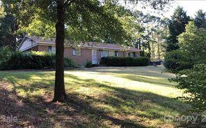 6515 Woodland Circle Charlotte, NC 28216 - Image 1