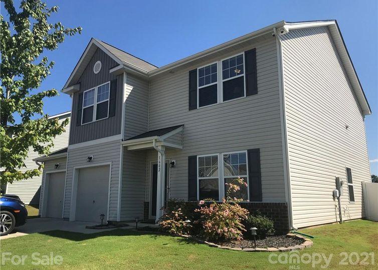 1602 Sandhill Oak Court Landis, NC 28088