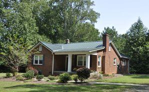 4416 McClure Road Charlotte, NC 28216 - Image 1