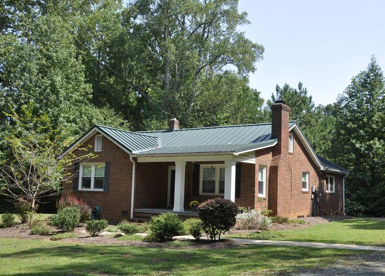 4416 McClure Road Charlotte, NC 28216