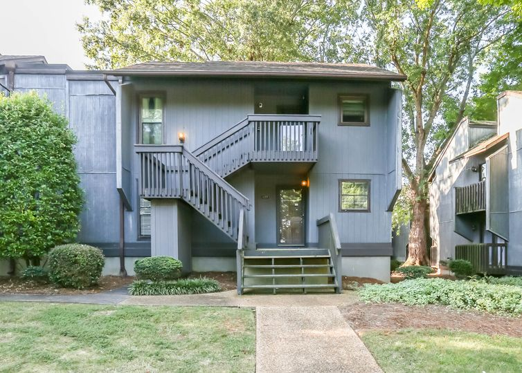 127 Cedar Cove Lane Winston Salem, NC 27104