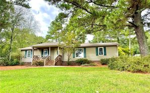 1109 Pineview Drive Easley, SC 29642 - Image 1