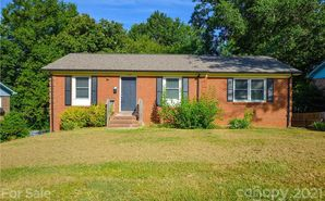 1226 Plumstead Road Charlotte, NC 28216 - Image 1