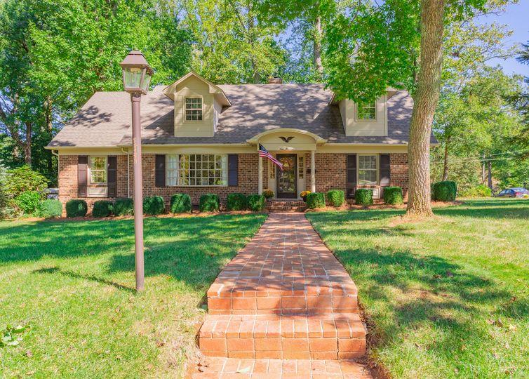 900 Greenwood Drive Greensboro, NC 27410