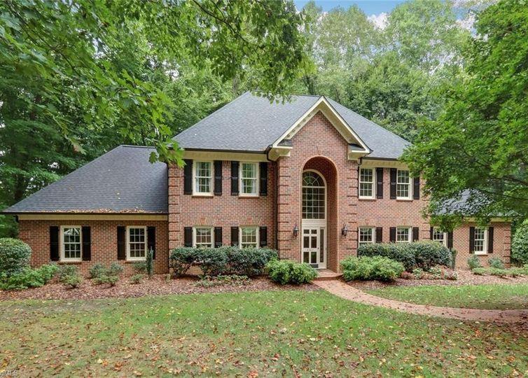 4503 Oakmoor Drive Greensboro, NC 27406
