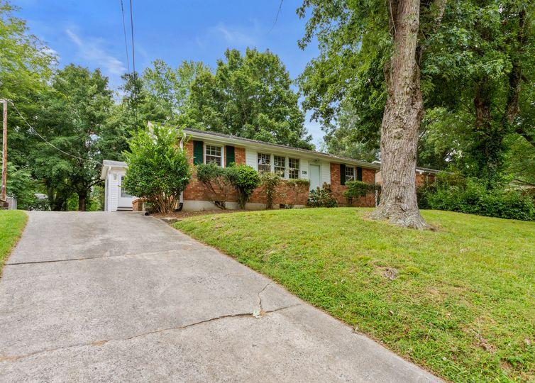 116 Revere Drive Greensboro, NC 27407
