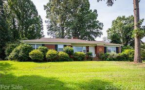 5018 Crestland Avenue Charlotte, NC 28269 - Image