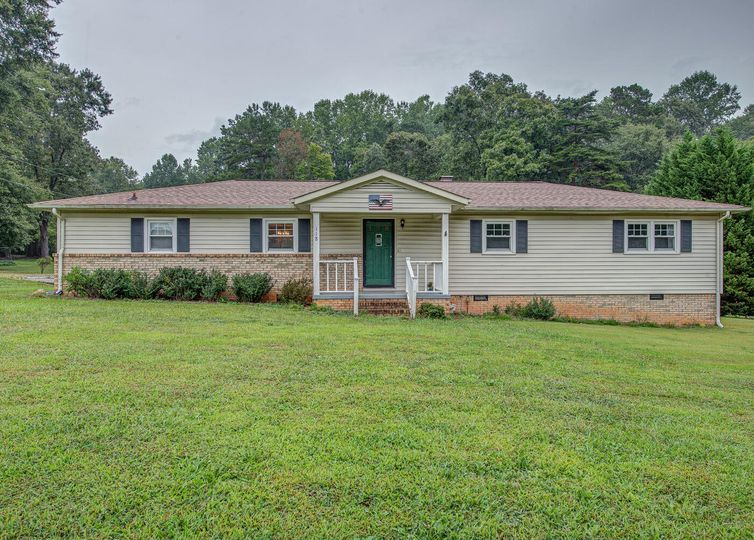 118 Shadowbrook Road Mount Holly, NC 28120