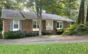 942 Greenwood Drive Greensboro, NC 27410 - Image