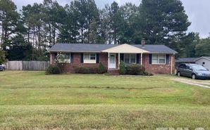 38 Hillcrest Avenue Roxboro, NC 27573 - Image 1