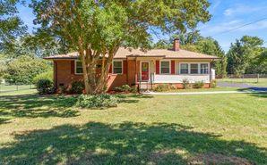 804 King George Drive Greensboro, NC 27410 - Image 1