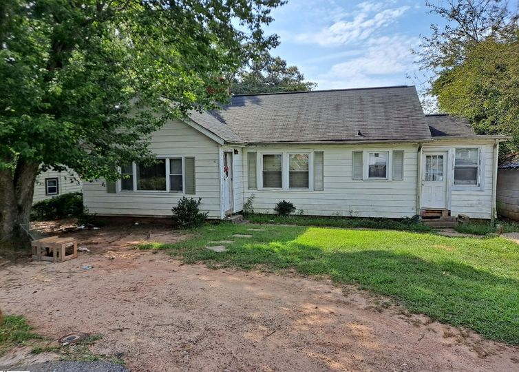 105 Monteith Drive Greenville, SC 29605