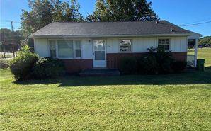 113 Meadowbrook Drive King, NC 27021 - Image 1