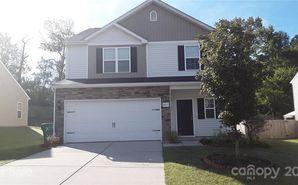 9015 Avery Meadows Drive Charlotte, NC 28216 - Image