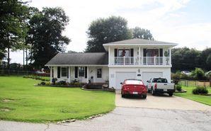 318 Woodfield Drive Easley, SC 29642 - Image 1