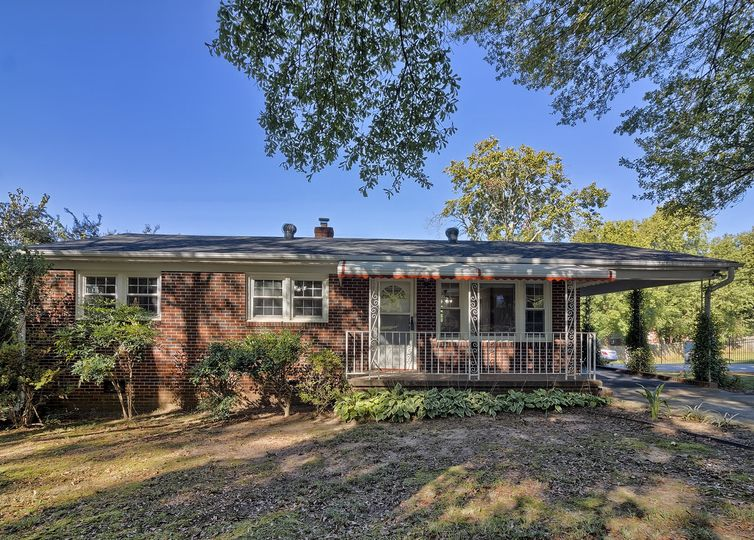 400 Keith Drive Greenville, SC 29607