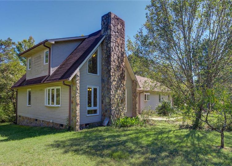 337 Pilgrims Trail Thomasville, NC 27360