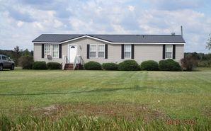 569 Kelly Road Mount Olive, NC 28365 - Image 1