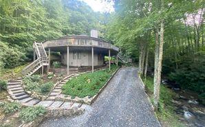 251 Mossy Creek Sugar Mountain, NC 28604 - Image 1
