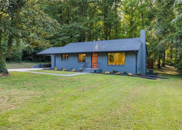 923 Greenwood Drive Greensboro, NC 27410