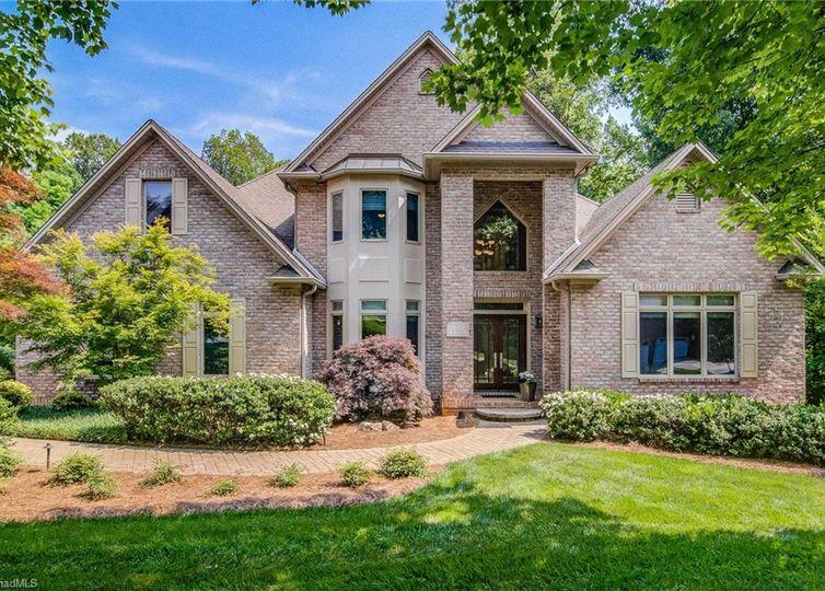 1525 Boxthorne Lane Winston Salem, NC 27106