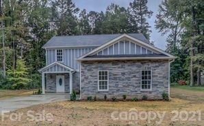 5120 Lakeview Road Charlotte, NC 28216 - Image 1