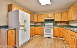 529 Breezewood Drive Charlotte, NC 28262 - Image 1